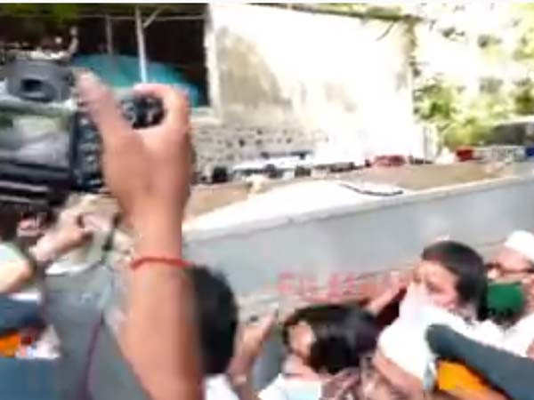 Video: Dilip Kumar Given State Honours; Visuals From His Last Journey