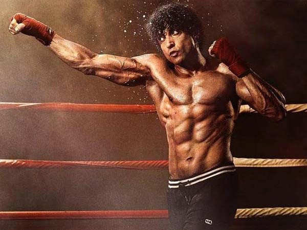 Here's how Farhan Akhtar prepped to play a boxer in Toofan