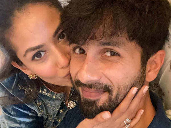 Mira Rajput gives a sneak peek of hers and Shahid Kapoor's Insta chats