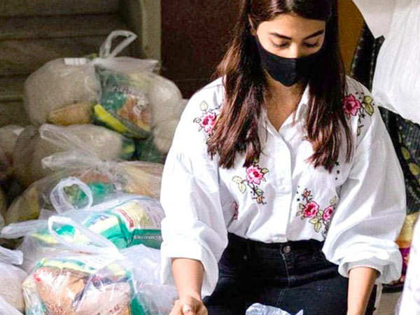 Pooja Hegde arranges for ration packets for 100 families