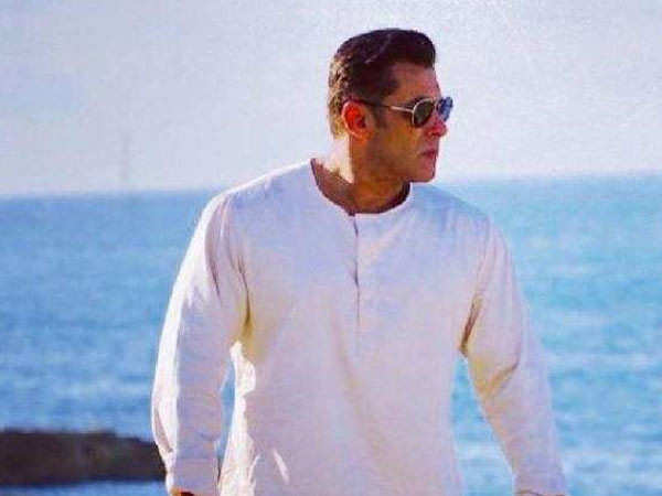 Salman Khan To Release The First Look Of His Film Bhaijaan Next Month