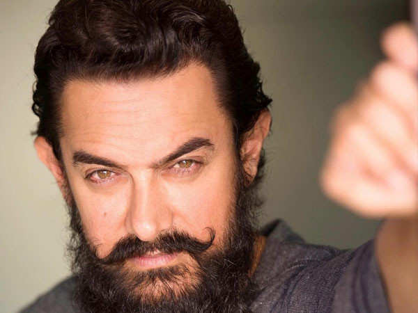 Anushka Sharma, Ajay Devgn, Varun Dhawan, Mahesh Babu's birthday messages for Aamir Khan