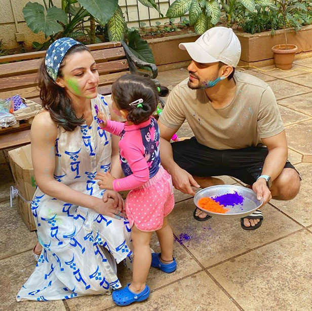 Best Pictures of stars playing Holi from last year