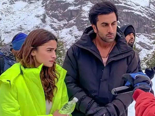 Alia Bhatt and Ranbir Kapoor to announce Brahmastra's release date in a special video