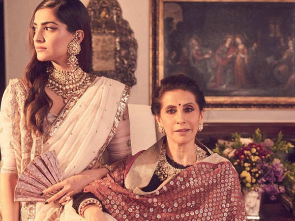 Sonam Kapoor's Birthday Post For Her Mom Proves That They Are The Most Stylish Mother-Daughter Duo
