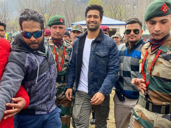 Vicky Kaushal visits Indian Army's Uri camp in Kashmir