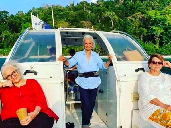 Asha Parekh is unhappy as pictures of vacation with Helen and Waheeda Rehman surface on the internet