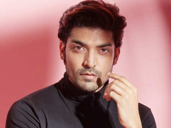 Gurmeet Choudhary stars a free tele-consultation services for COVID-19 patients