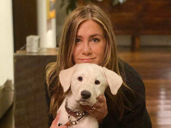 Jennifer Aniston takes to Instagram to share message about India's COVID-19 crisis