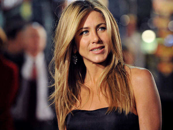 Jennifer Aniston remembers the time she was going to get replaced in FRIENDS