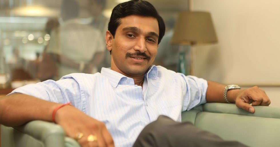 Pratik Gandhi has a good suggestion for the Aarogya Setu app developers