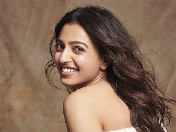Radhika Apte says she doesn't enjoy being famous or visible