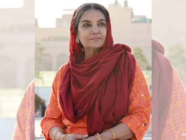 Shabana Azmi feels the film industry and the government share a one-way relationship