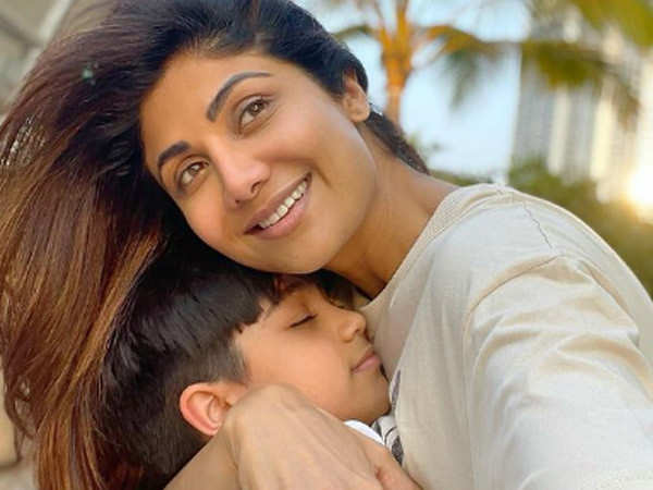 Video: Shilpa Shetty Kundra gets her home sanitized after her family recovers from COVID