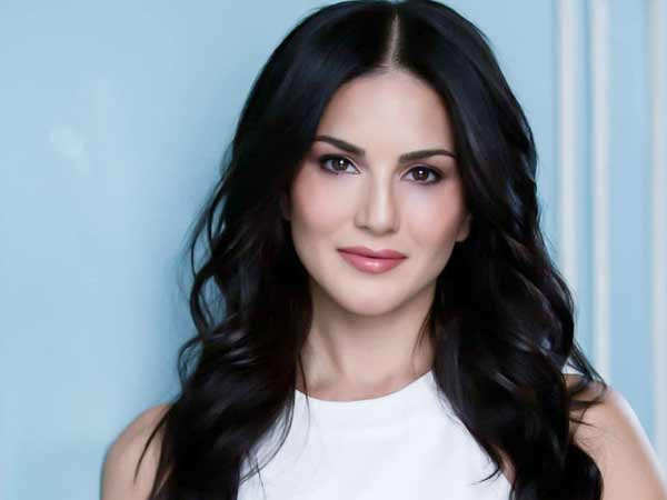 Sunny Leone donates 10,000 vegan meals for migrant workers