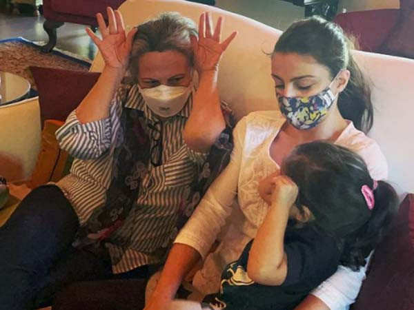 Soha Ali Khan and Sharmila Tagore join hands for a noble cause