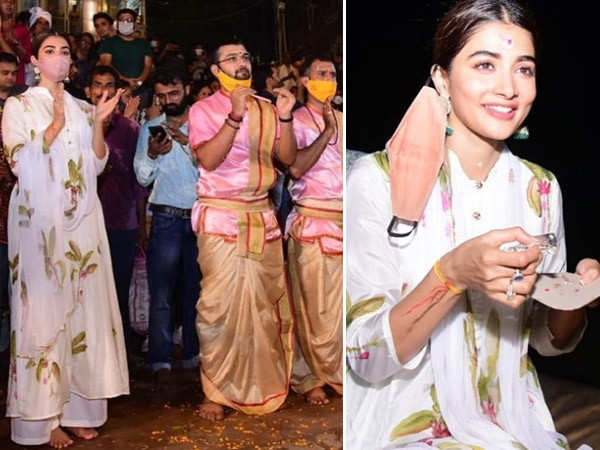 Pooja Hegde shares her experience of attending the Ganga aarti in Banaras