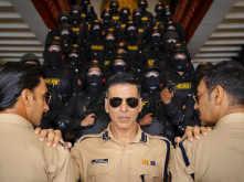 IPS officer points out an error in Sooryavanshi BTS; Akshay Kumar replies