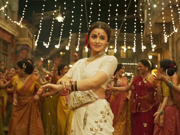Gangubai Kathiawadi: Alia Bhatt's movie finally gets a release date