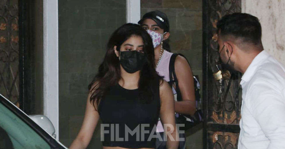 Pictures: Gym besties Janhvi Kapoor, Sara Ali Khan papped together