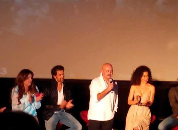 Sunaina, Hrithik, Rakesh Roshan and Kangna Ranuat