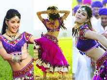 Jacqueline sizzles in her item number