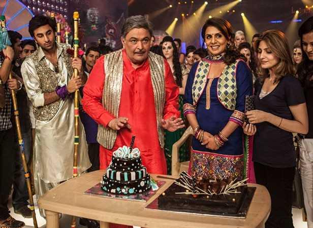 Ranbir Kapoor, Rishi Kapoor and Neetu Singh with daughter Riddhima Kapoor Sahani