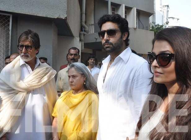 Amitabh, Jaya, Abhishek and Aishwarya Rai Bachchan