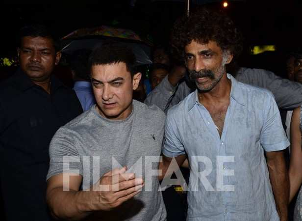 Aamir Khan and Makrand Deshpande
