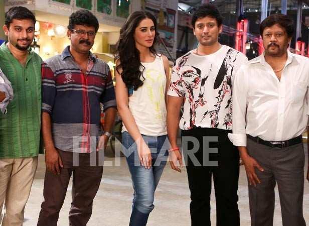 Nargis Fakhri with the team