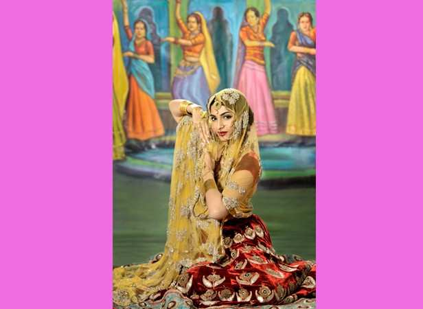 Courtesan charm: Sonam as Madhubala from Mughal-e-Azam