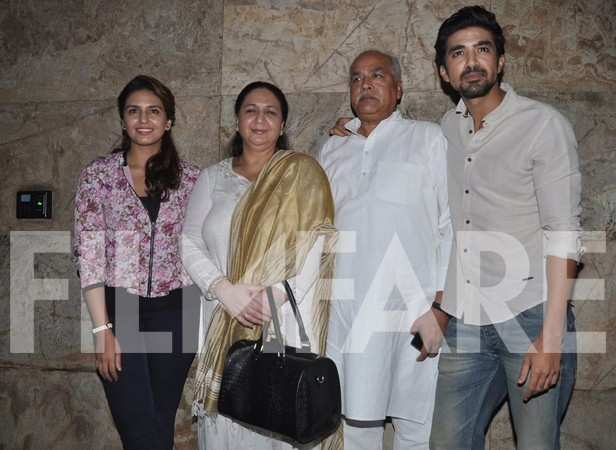Huma Qureshi and Saqib Saleem with family