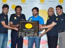 Saif Ali Khan encourages winners at the Asian Games