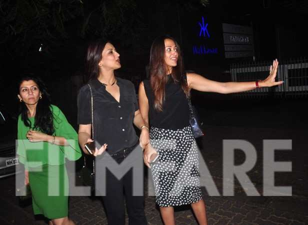 Sonali Bendre and Gayatri Joshi