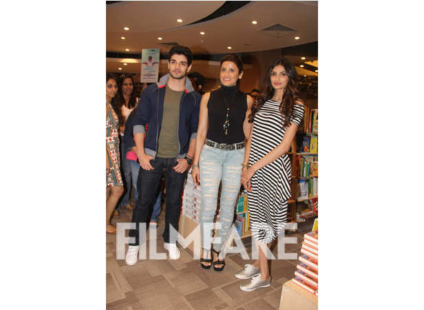 Sooraj Pancholi, Yasmin Karachiwala and Athiya Shetty