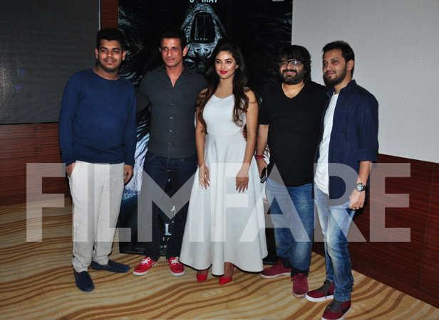 Sharman Joshi, Meera Chopra and Pritam