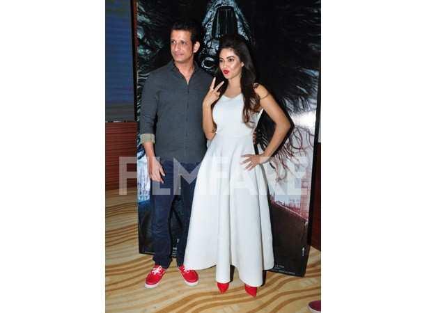 Sharman Joshi and Meera Chopra
