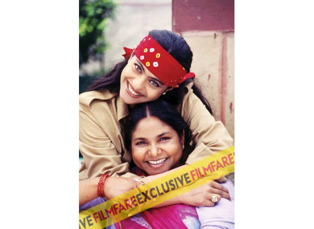 Trust Kajol to come up with candid moments. She interviewed Phoolan Devi for Filmfare in 1997. Phoolan called Kajol and Hema Malini her favourite actresses.