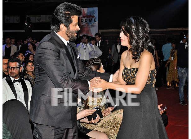Anil Kapoor greets Akshara Haasan
