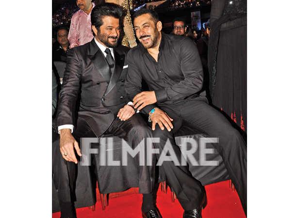 Anil Kapoor and Salman Khan enjoy the show