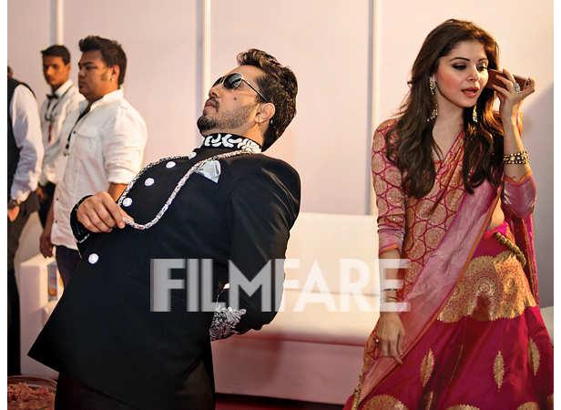 Mika Singh and Kanika Kapoor brushing up their act