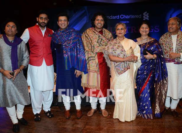 Abhishek Bachchan, Jaya Bachchan, Ustad Amjad Ali Khan, Amaan Ali Khan and Ayaan Ali Khan