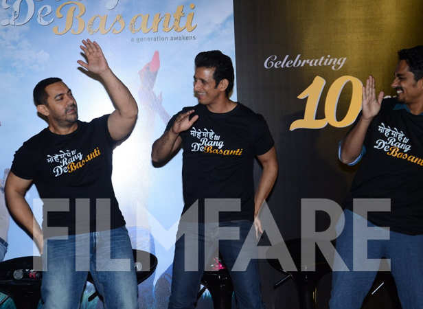 Aamir Khan, Sharman Joshi and Siddharth