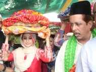 Urmila Matondkar seeks blessings at the Ajmer Sharif Dargah