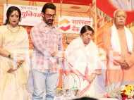 Aamir Khan and Lata Mangeshkar attend Master Dinanath Mangeshkar Awards