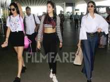 Sridevi clicked with Jhanvi and Khushi at the airport