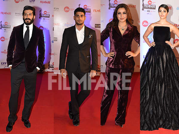 Harshvardhan Kapoor, Anusha Dandekar, Pooja Hegde kick start the 62nd Jio Filmfare Awards