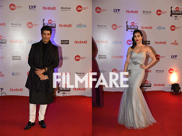 Sophie Choudry and Manish Malhotra are a stunning duo at the Jio Filmfare Awards