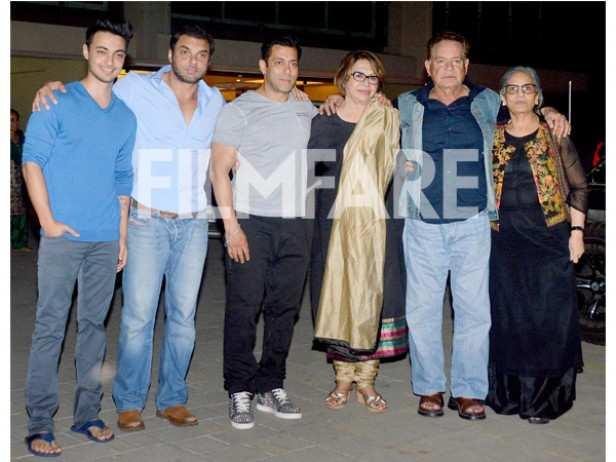 Aayush Sharma, Sohail Khan, Salman Khan, Helen, Salim Khan and Salma Khan