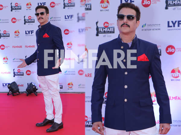 Jimmy Sheirgill makes a dashing entry at the Jio Filmfare Awards (Punjabi)